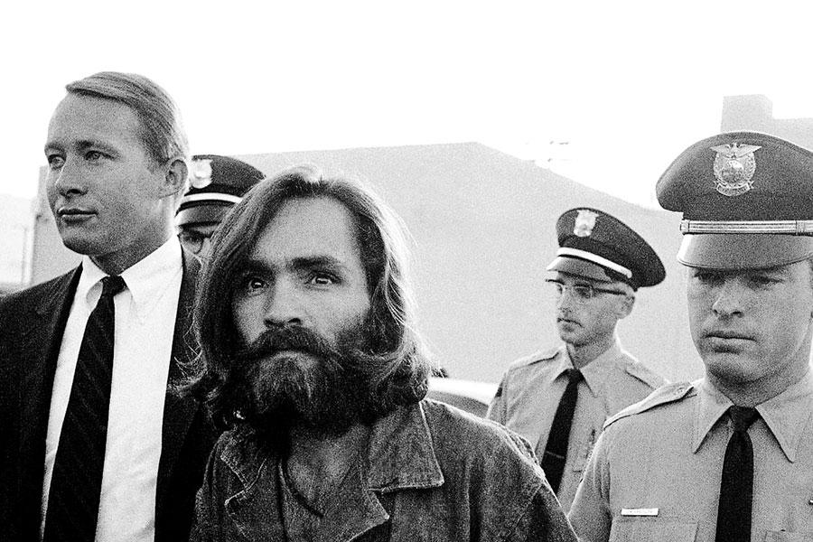 Manson, conducido por las autoridades